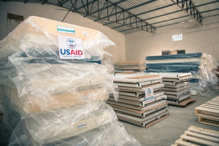 USAID has donated 336 hospital beds and modern medical equipment for childbirth and surgery to 190 basic health centers and district hospitals in the Atsimo Andrefana region.