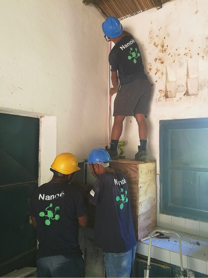 Under the USAID/Power Africa grant, Nanoé is establishing nano-grids centered on health facilities