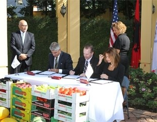 USAID Signs Agreement with Albanian Banks to Encourage Agriculture Loans.