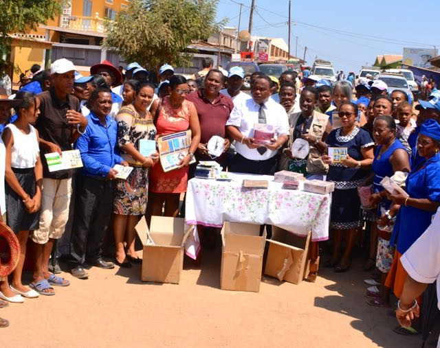 Handing over of materials and equipment to community health workers