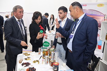 The forum featured business-to-business meetings, discussions, presentations and product exhibitions designed to link Kyrgyzstani producers with produce buyers, and to generate investor interest in agriculture.