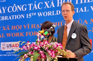 USAID Mission Director Joakim Parker announces Social Work Education Enhancement Program in Hanoi.