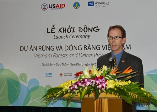 USAID Mission Director Joakim Parker delivers opening remarks at the launching event.