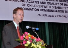 USAID Mission Director Joakim Parker speaks at the project launching workshop in Hanoi.