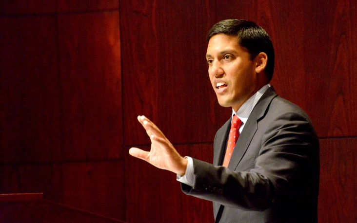 Administrator Rajiv Shah at the University of Arkansas