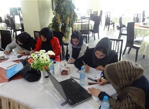 The workshop covered difficult subjects such as how to write conflict-sensitive reports about local issues