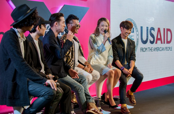 Thai YouTube creators discuss how content and media can make the world a better place during a USAID-funded IOM X event in March 2018 in Bangkok.