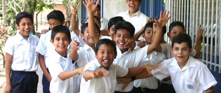 Despite gender equality in access to schooling in Nicaragua, boys have higher drop-out rates than girls. Because of economic rea