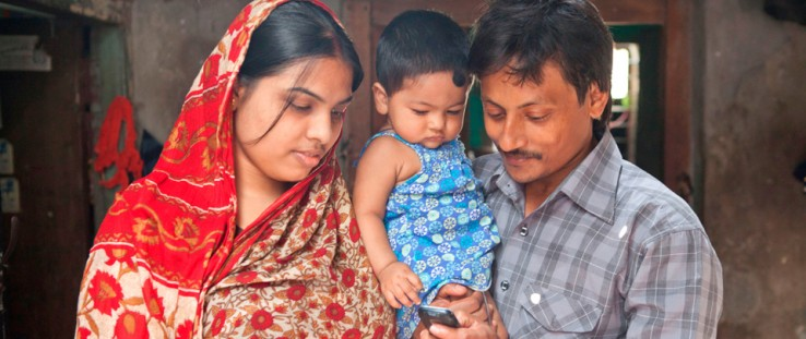 After the birth of her 8-month-old daughter Debi, Asha Rani and husband Bikash Sarker subscribed to the Aponjon mobile health me