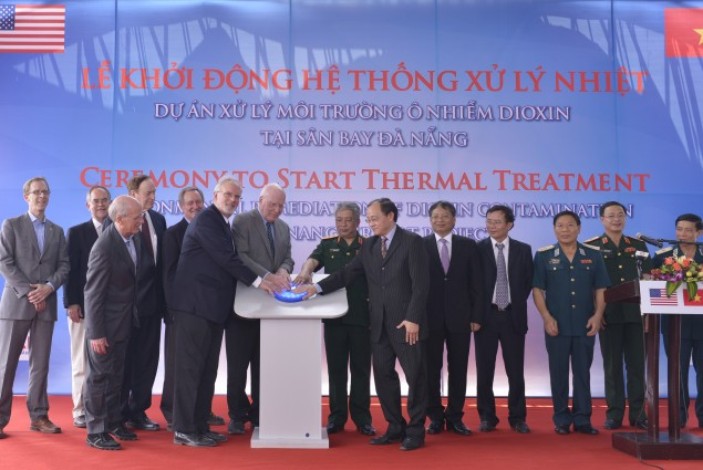 U.S. and Vietnamese Government Officials switch on the thermal treatment system at Danang Airport