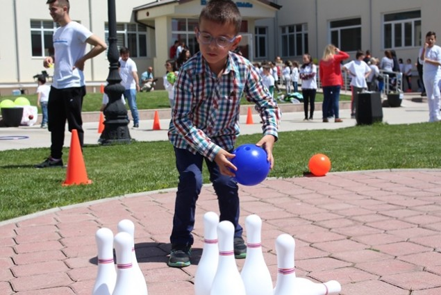 Fun sports activities for visually impaired children