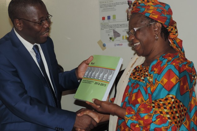 The Minister of Health symbolically hands over