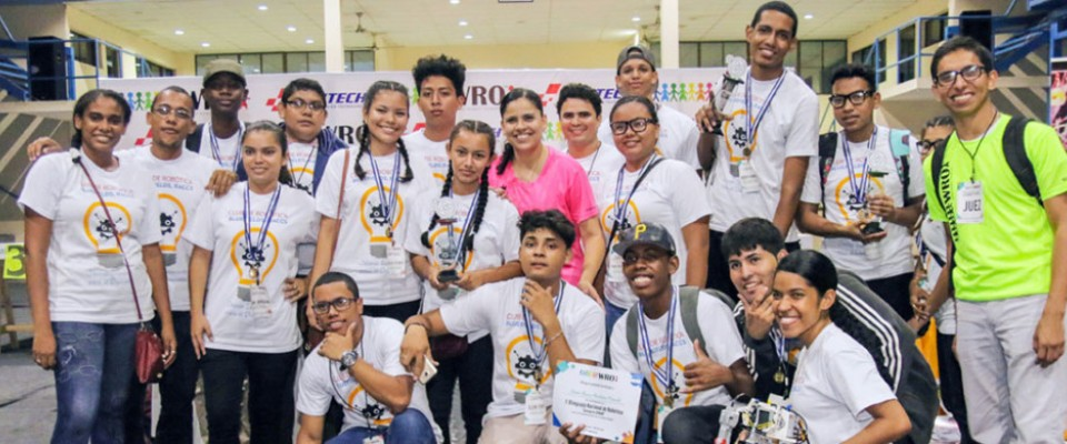 Nicaragua, youth, youth at-risk, robotics club, Caribbean Coast, Robotics Olympiad, Aprendo y Emprendo