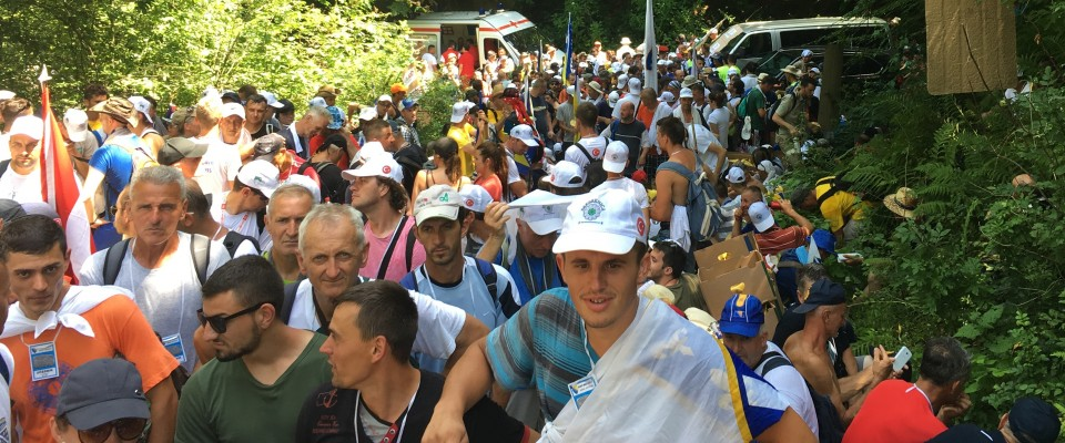 USAID provided 12 tons of fruit and water to 5,000 participants during the annual 3-day March of Peace in remembrance of the Srebrenica genocide of July 1995.