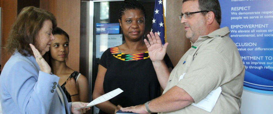 Andrew Karas is sworn in as Mission Director to Ghana