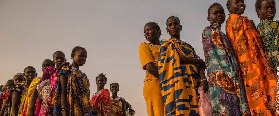 Women displaced by conflict in Bentiu, South Sudan. AFP PHOTO / Stefanie Glinski