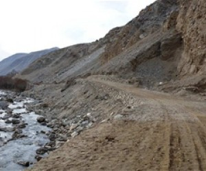 The Sakha Wajinj Road provides easier travel to markets for residents.