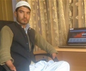 An Economics student from Nangarhar University is using the Multimedia Center in Jalalabad.