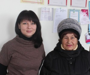 Assistant coordinator of the Ukrainian Helsinki Human Rights Union branch Natalia Yesina (left) presented Nina's case in the court and helped her renew the pension.