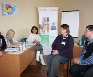 Belarusian child welfare specialists discuss investigation procedures in a family-centered approach in child protection.