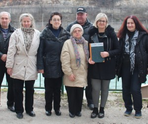 Sanja Idrizovic (third from right) with participants of her psychological counseling workshop in Konjic, Bosnia and Herzegovina.