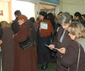Georgian business owners trying to register business before procedures were streamlined