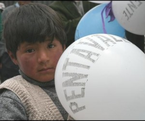 A Bolivian child benefits form the childhood vaccination campaign