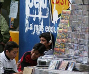 CD and DVD sellers in Bolivia