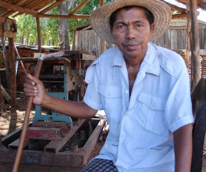 Feroce R in his workshop in southern Madagascar.