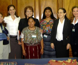 First Lady Wendy de Berger (third from left, rear) discussed social and economic development with Guatemala's representatives to