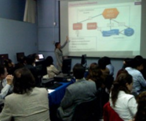 The USAID Mexico Competitiveness Program trains federal officials on using the state-of-the-art PECC monitoring system