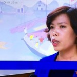 Dao Tu Hoa answers media ques-tions during her first NA session Vietnam Television