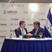 USAID y Cisco firman alianza