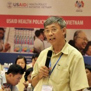 Participants discuss the HIV/AIDS policy environment in Vietnam.