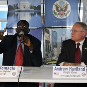 Oikocredit Regional Director and US Embassy Chargé d'affaires at the press conference