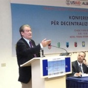 Prime Minister Sali Berisha and USAID Mission Director Jm Barnhart at USAID's Conference on Fiscal Decentralization