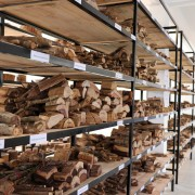 Reference Library for Malagasy Precious Hardwoods