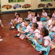 USAID Mission Director Highlights Early Grade Reading Assistance in Visit to Cebu
