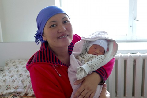 "SPRING project is working with the Kyrgyz Ministry of Health to help 27 health facilities achieve the ""Baby-Friendly Hospital"" designation."