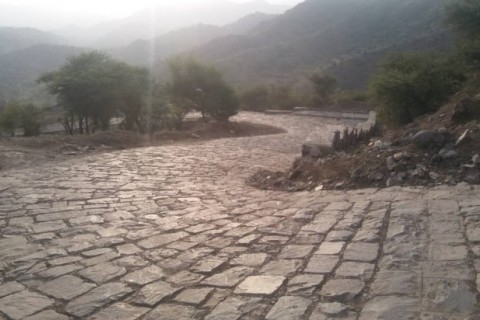 The only road connecting to the village of Shaab Al-Thakhri The road was repaired thanks to an initiative led by Mohammed, a local youth leader who convened local authorities and community members to work together to find a solution to the problem.