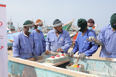 USAID helped fishermen in Yemen generate a better, more stable income and offer employment through trainings in fiberglass boat repair. Photo: ERLP