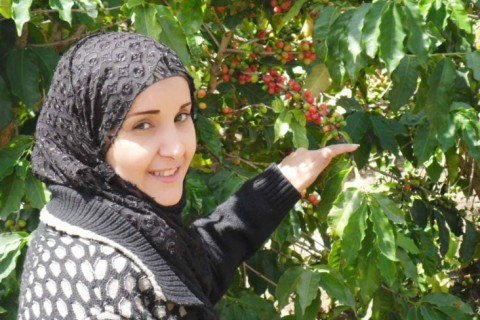 Female entrepreneur Sameeha founded Rover Bird, a company that distributes a wide range of local agricultural products, with a focus on coffee.