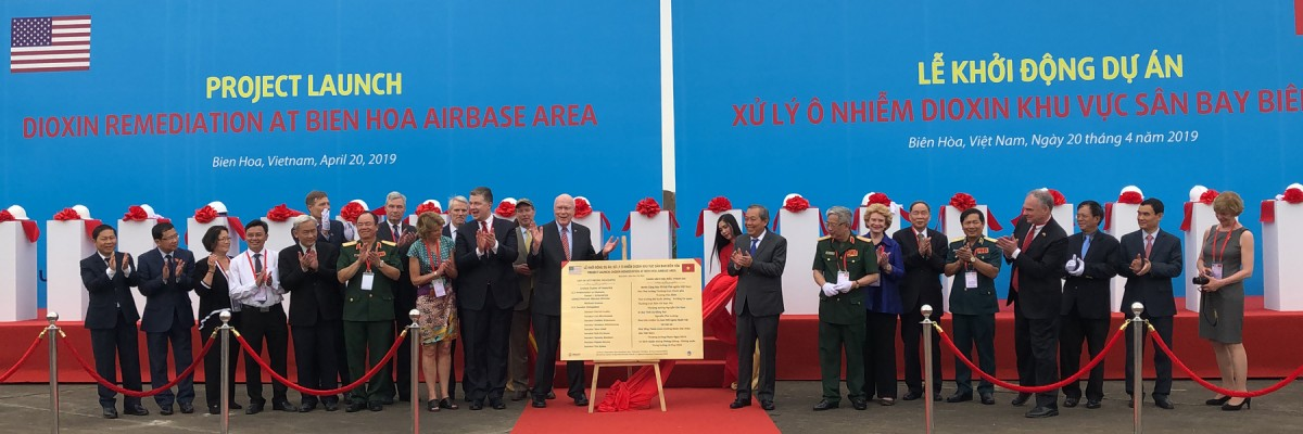 Photo: United States and Vietnam Launch Dioxin Remediation Project at Largest Hotspot in Vietnam