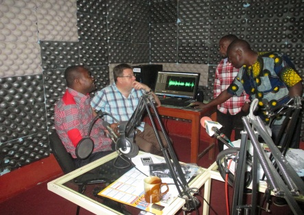 Radio Programming: A Local Approach to Solve Local Issues