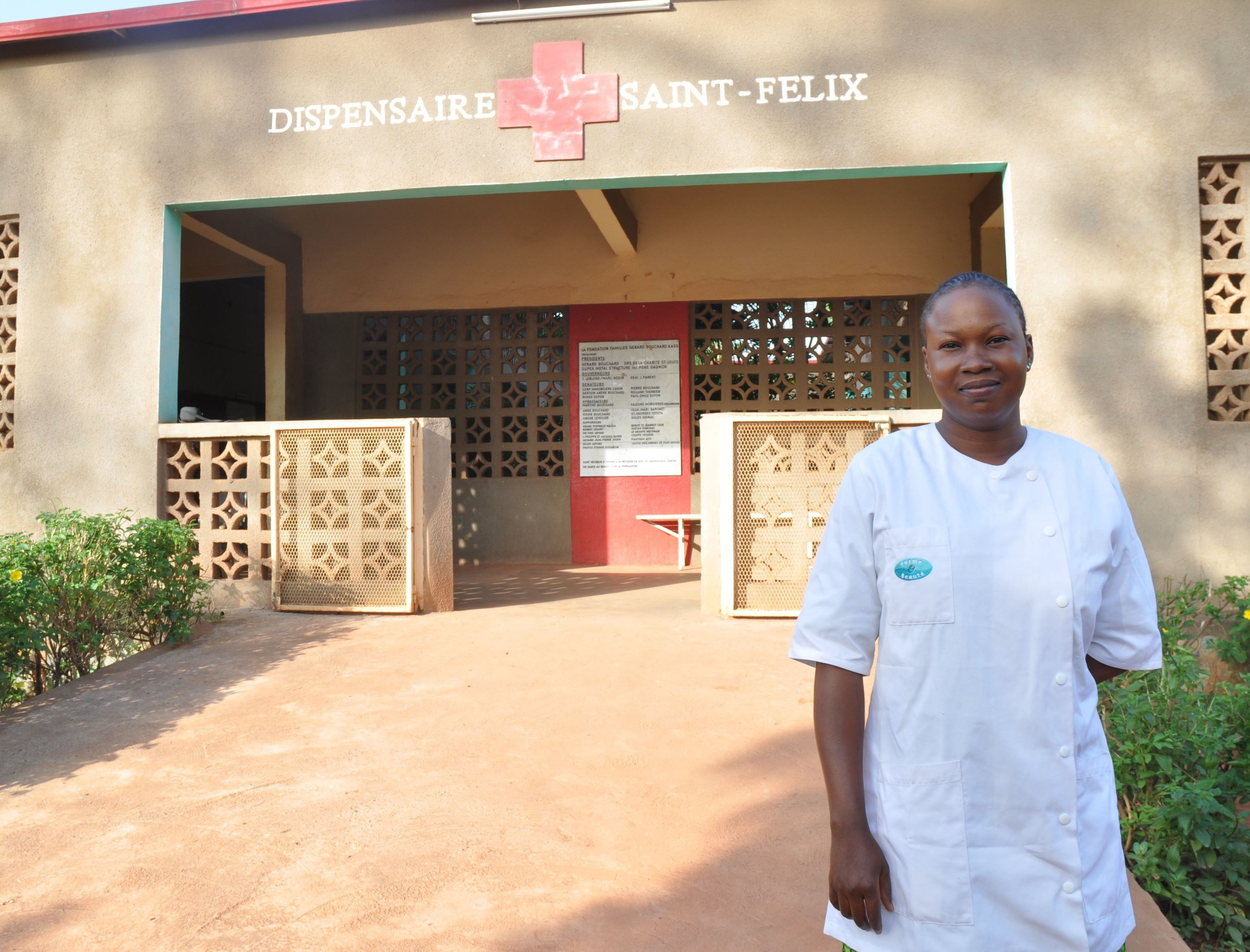 Nurse Veronique Diawara in front of Health Center in Kita, a region of Kayes, Mali.