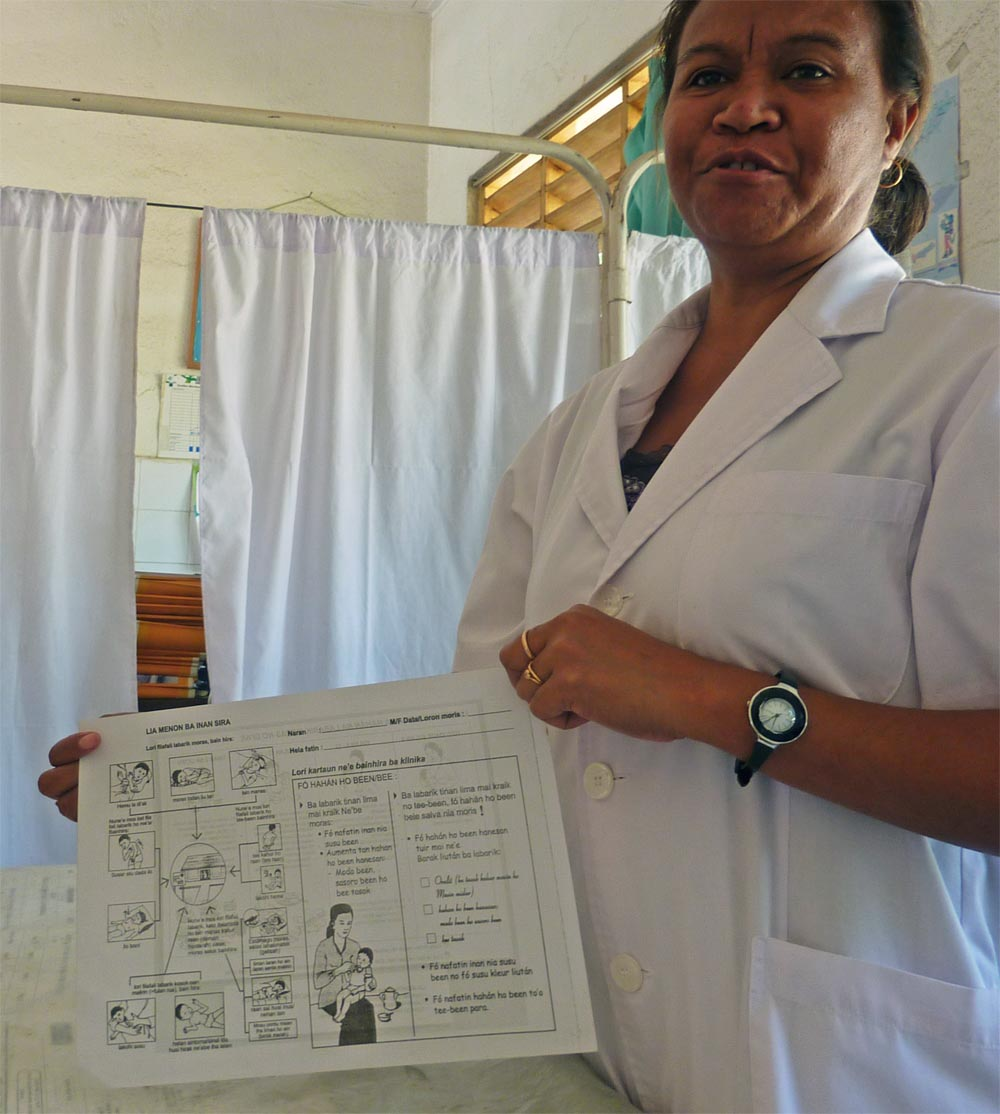Nurse Graciana de Jesus Martins has learned to recognize when a child's cough indicates pneumonia and when it is less serious.