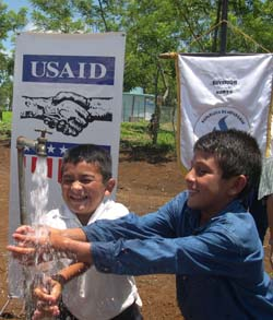 The children of Montecillos now have access to clean water.
