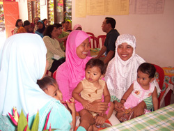 Women in Wonokromo meet on a regular basis to discuss and share health and childcare information that helps to ensure healthy mo