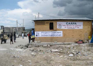 Photo of a building in Port-au-Prince's Fort National neighborhood.
